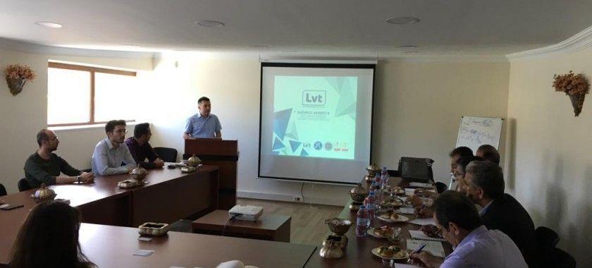 İran pano üreticileri sendikası firmamızı ziyaret etti.